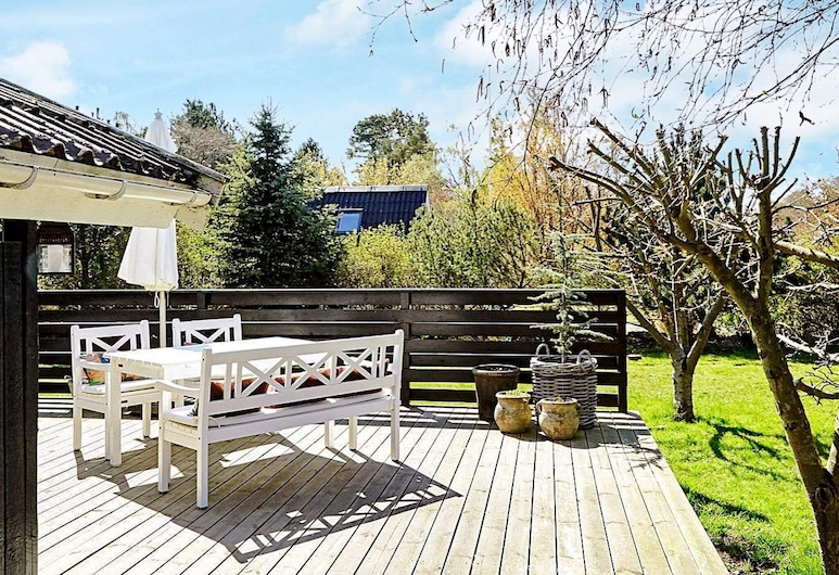 Gorgeous Holiday Home in Zealand With Terrace, Vig, Balkon