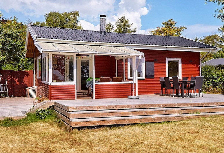 Garden-view Holiday Home in Zealand With Terrace, Holbæk