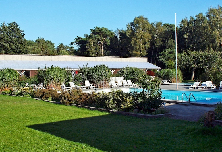 Alluring Holiday Home in Bornholm With Swimming Pool, Nexo, Pool