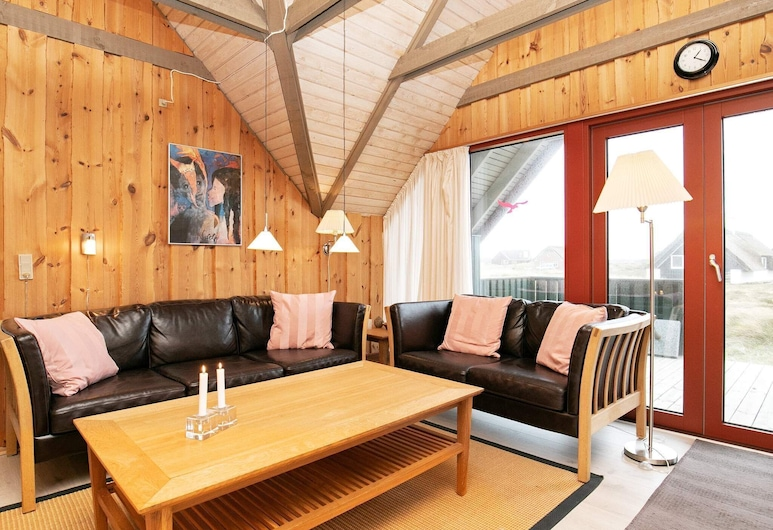 8 Person Holiday Home in Hvide Sande, Hvide Sande, Stue