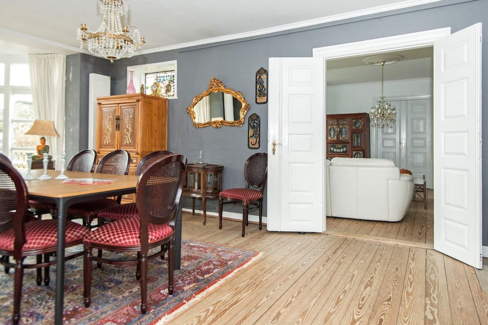4 Star Holiday Home in Højer