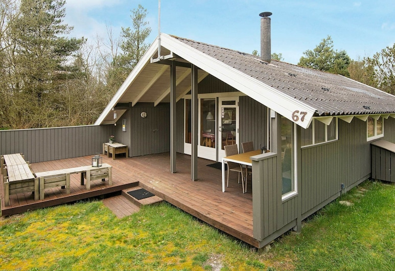 Homely Holiday Home in Jutland With Terrace, Norre Nebel