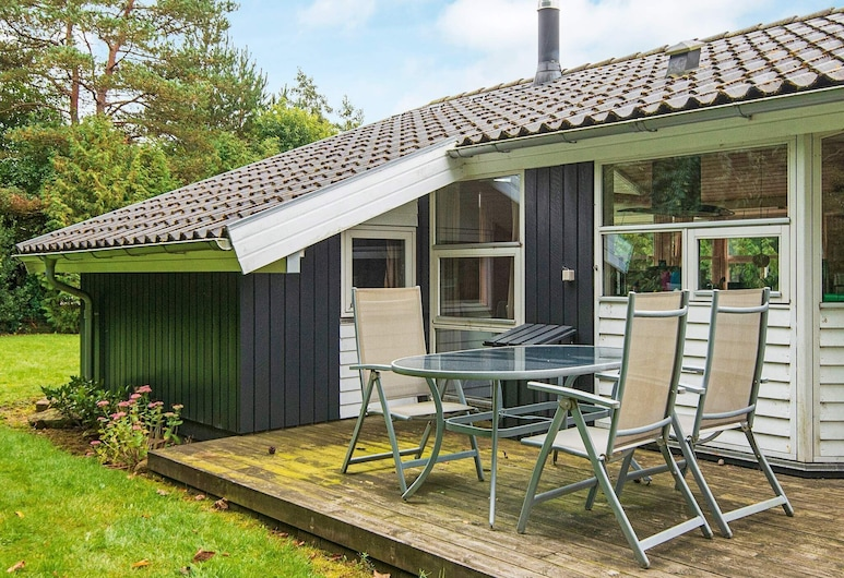 Cosy Holiday Home in Jutland With Terrace, Silkeborg, Balcony