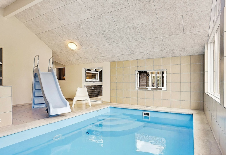 Luxury Holiday Home in Tisvildeleje With Swimming Pool, Tisvildeleje, Pool