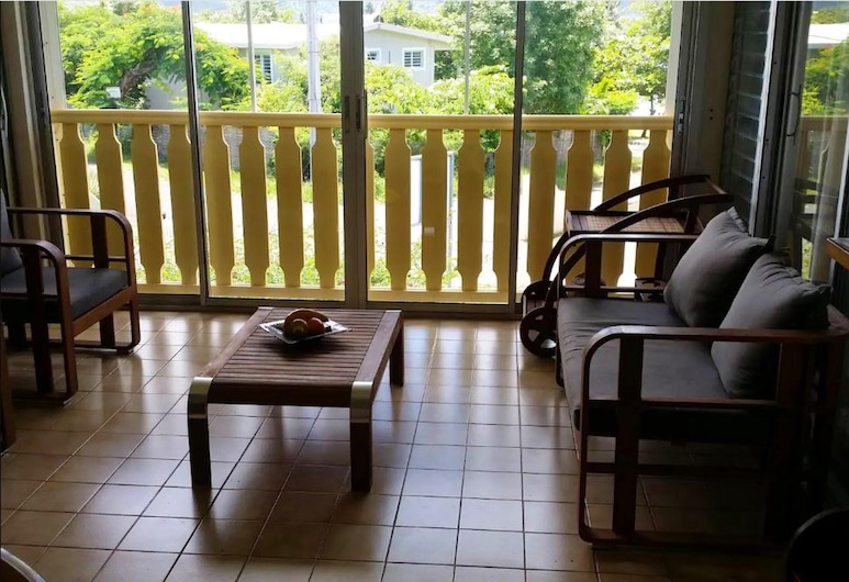Apartment With one Bedroom in Sainte-luce, With Enclosed Garden and Wifi, Sainte-Luce