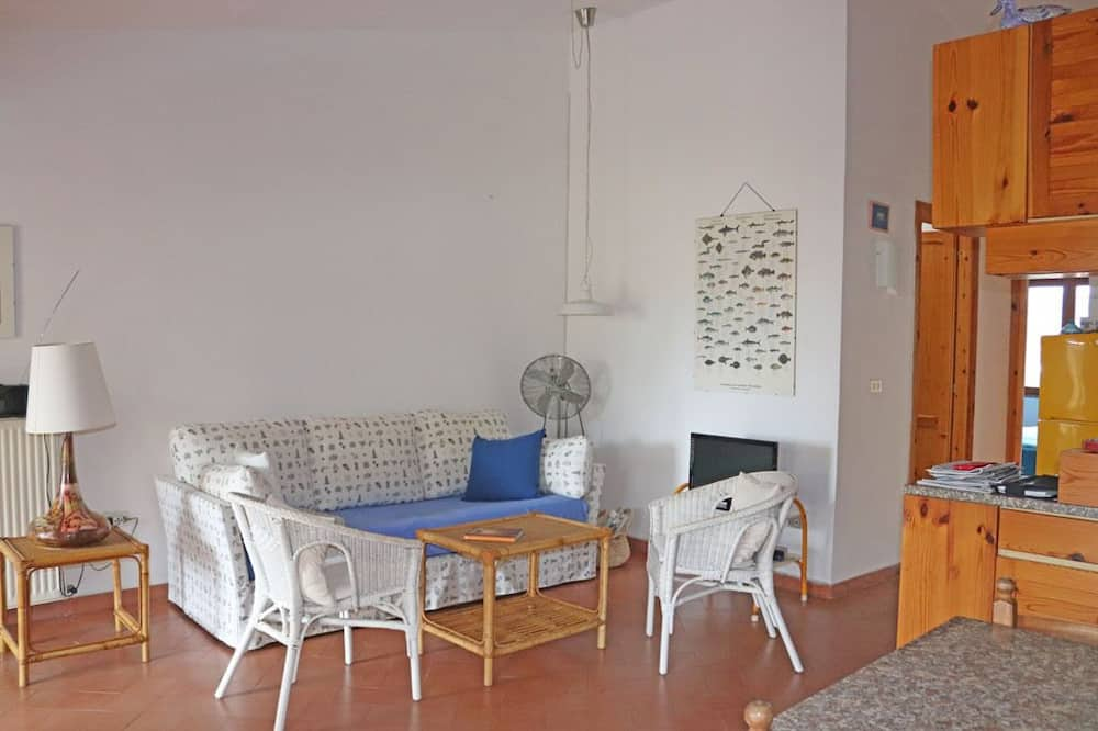 דירה, 2 חדרי שינה, פטיו, נוף חלקי לים - אזור מגורים