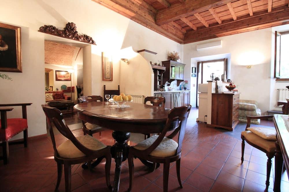 Apartment, 1 Bedroom, Garden Area - Tempat Makan dalam Bilik
