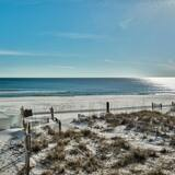 House, Multiple Beds (Coastal Pleasure(S) - DBTS- 4792 Ocea) - Beach