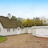 Lovely Holiday Home in Hemmet Jutland With Garden