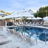 Apartment, 1 Queen Bed (Luxe On Liberty) - Pool