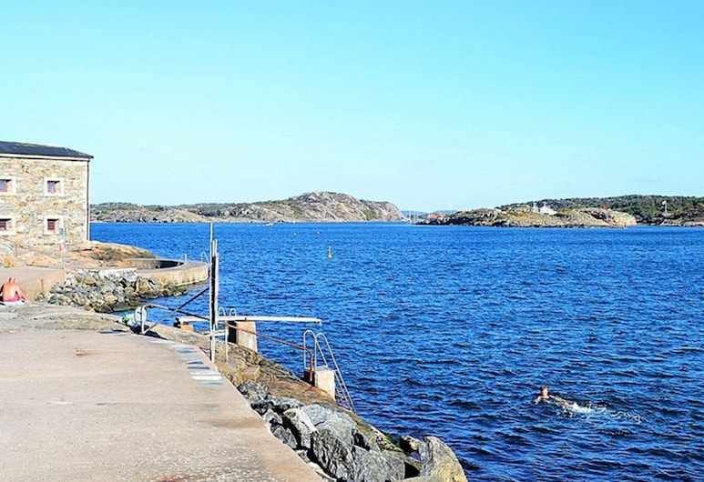 4 Person Holiday Home in Marstrand, Marstrand, Pláž