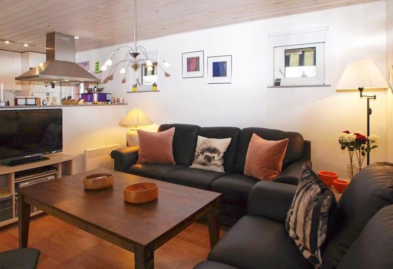 Comfortable Holiday Home in Skjern With Terrace, Skjern, Sala de estar