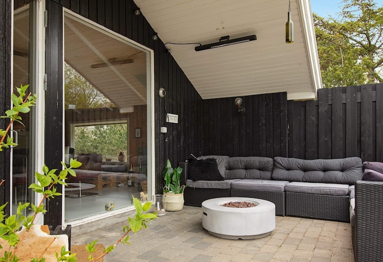 6 Person Holiday Home in Fårevejle, Faarevejle, Balkong