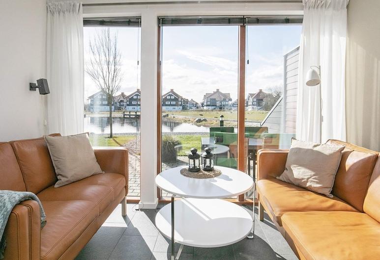 5 Star Holiday Home in Bogense, Богенсе, Вітальня