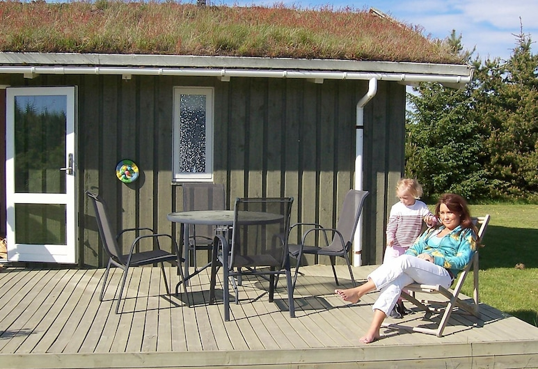 Cozy Holiday Home in Pandrup With Swing, Pandrup, Varanda