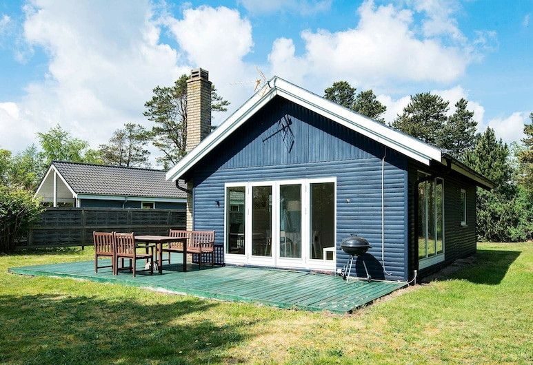 Relaxing Holiday Home In Knebel With Barbecue, Knebel, Room