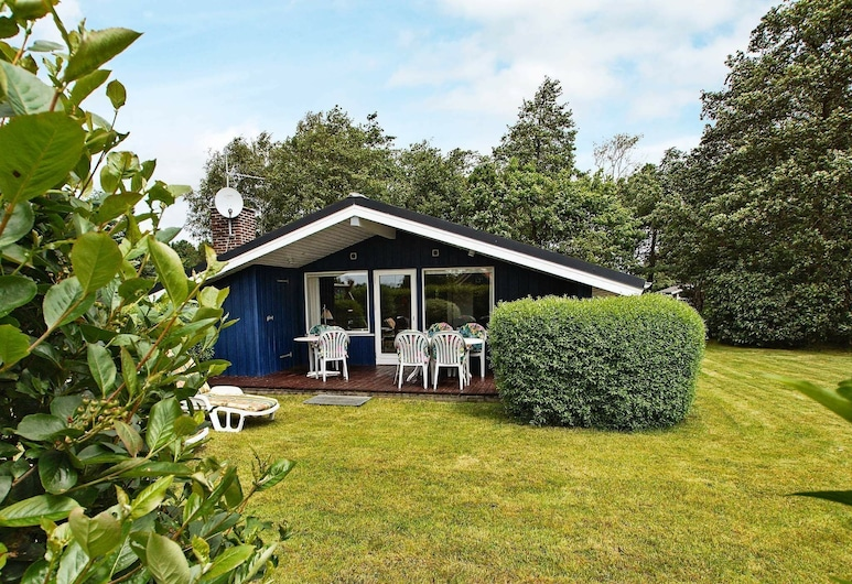 Superb Holiday Home in Hemmet Near Sea, Hemmet, Außenbereich