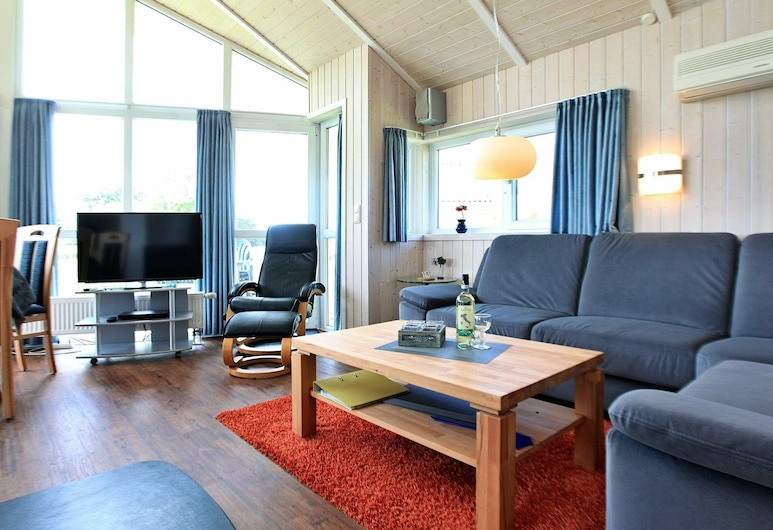 4 Star Holiday Home in Otterndorf, Otterndorf, Olohuone