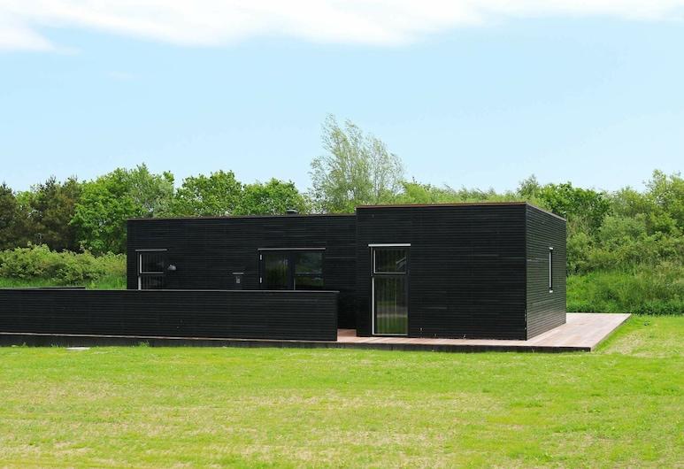 Stylish Holiday Home in Jutland Near Baltic Sea Beach, Hadsund