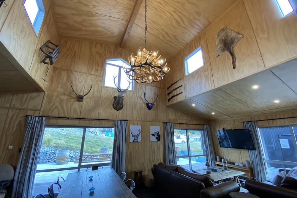 Rumah, 4 kamar tidur - Tempat Makan Di Kamar