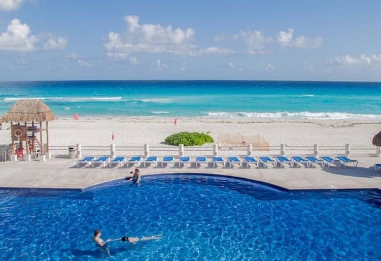 Ocean View 4 Bedroom Villa #14, Cancún, Piscina