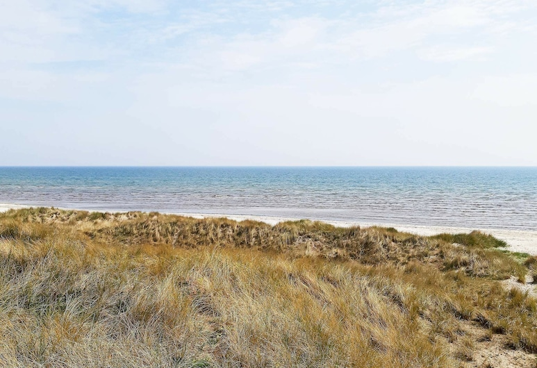 Spacious Holiday Home in Albaek Denmark With Spa, Jerup, Plage