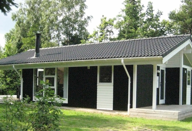 Chic Holiday Home in Silkeborg Denmark With Roofed Terrace, Silkeborg
