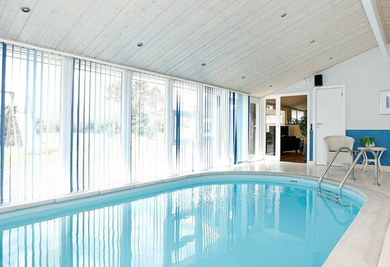 Lovely Holiday Home in Jerup Denmark With Swimming Pool, Jerup, Piscina