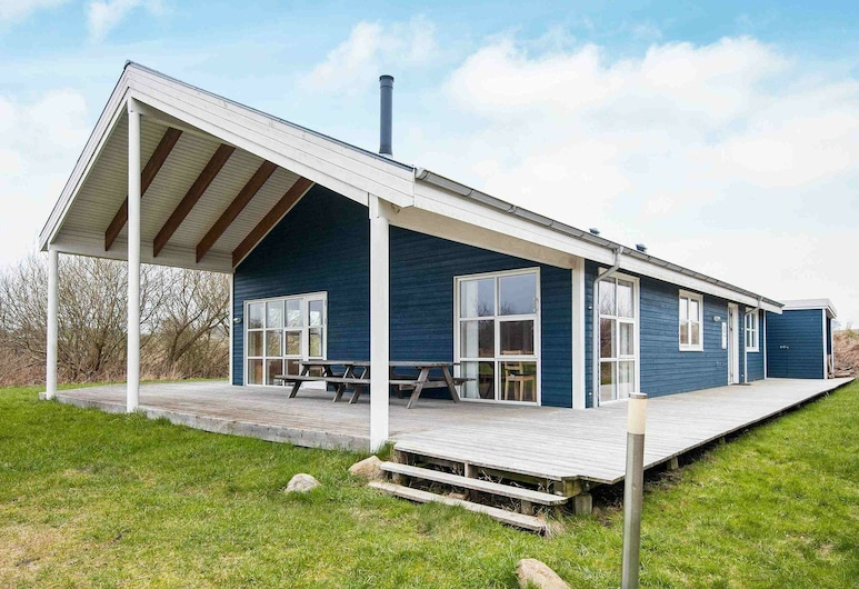 Superb Holiday Home in Jutland Denmark With Whirlpool, Knebel