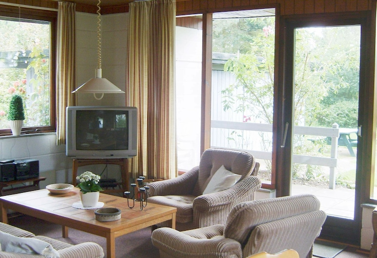 Peaceful Holiday Home in Sydals Denmark With Terrace, Sydals, Living Room