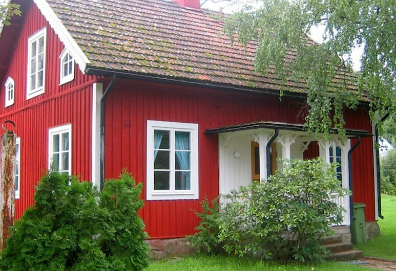 8 Person Holiday Home in Alsterbro, Alsterbro