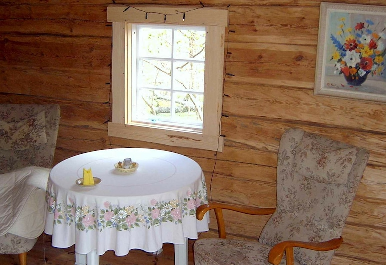 8 Person Holiday Home in Vimmerby, Vimmerby, Woonkamer