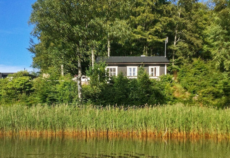 6 Person Holiday Home in Perstorp, 佩什托普