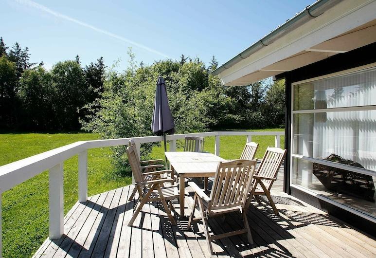 Luxurious Holiday Home in Løkken With Sauna, Lokken, Balcón