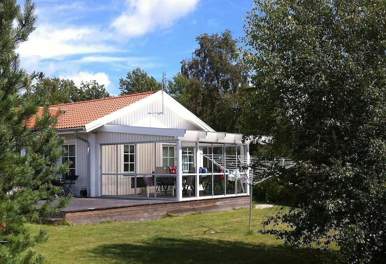 4 Star Holiday Home in Ronneby, Роннеби