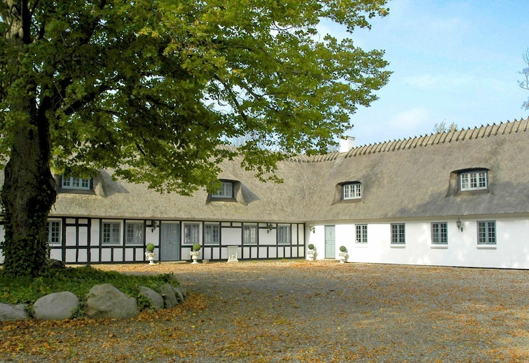 Modern Holiday Home in Ronaes Denmark With Pool, Middelfart
