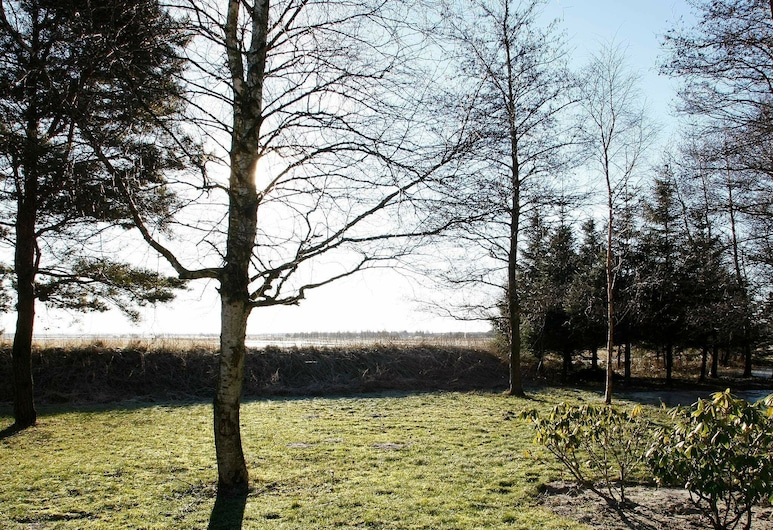 Expansive Holiday Home With Whirlpool at Jutland, Jerup, Property Grounds