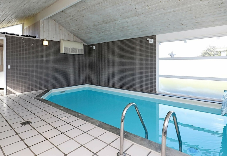 Expansive Holiday Home at Hirtshals With Private Pool, Hirtshals, Pool
