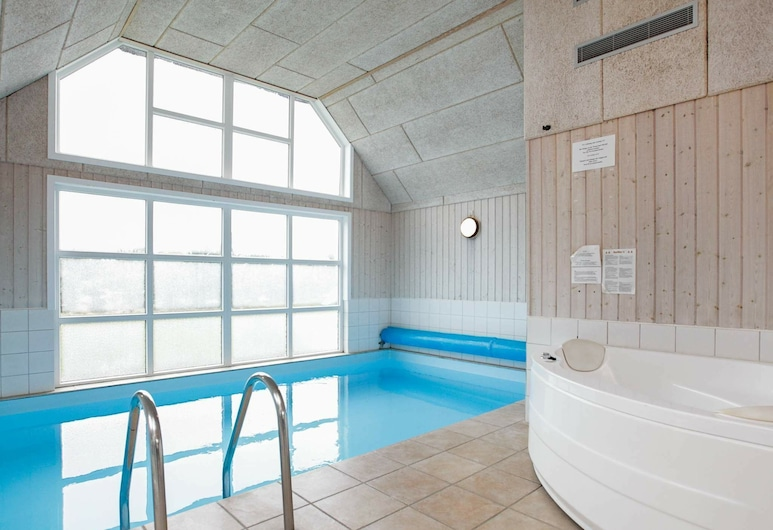 Classy Holiday Homein Blåvand With a Sauna, Blavand
