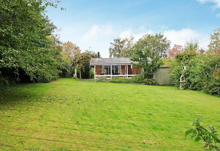 Lovely Holiday Home in Mesinge Denmark With Barbecue, Mesinge, Exterior