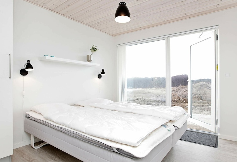 Tranquil Holiday Home in Aabenraa With Shared Pool, Aabenraa, ห้องพัก