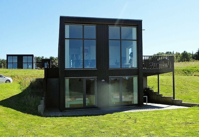 Tranquil Holiday Home in Aabenraa With Shared Pool, Aabenraa