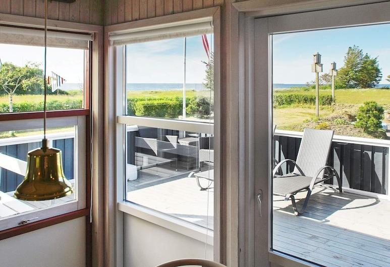 Modern Holiday Home in Hemmet With Sauna, Hemmet, Vue sur lac