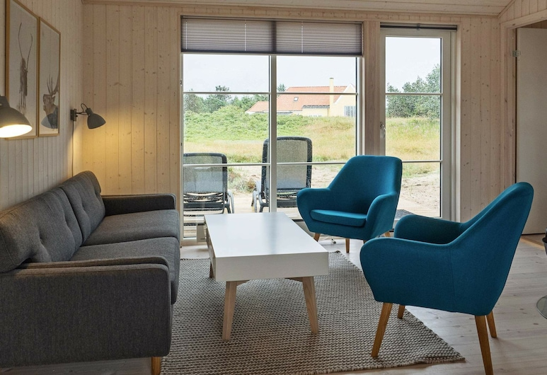Cheerful Holiday Home in Skagen With Terrace, Skagen, Living Room