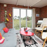 Chic Holiday Home in Hvide Sande Near Sea