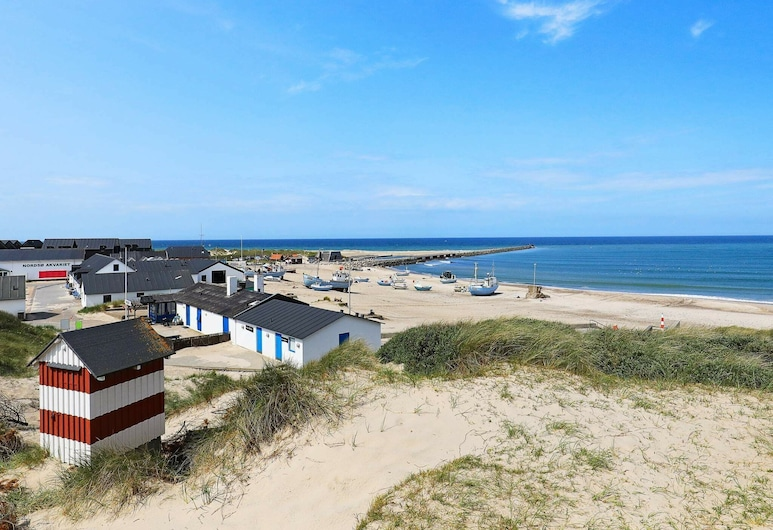 Comfy Holiday Home in Thisted With Whirlpool, Thisted, Beach