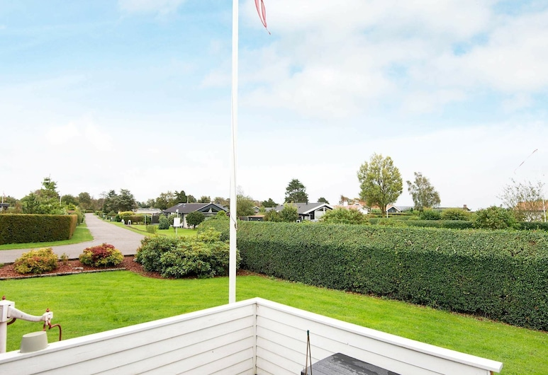 Serene Holiday Home in Juelsminde With Barbecue, Juelsminde, Balkon