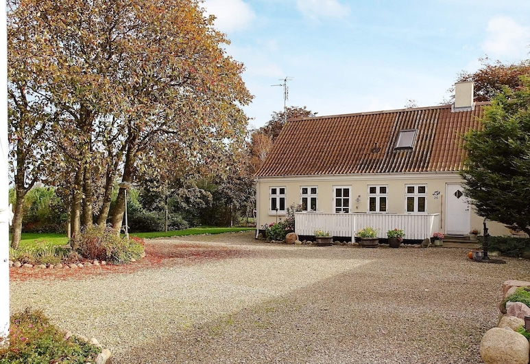 4 Star Holiday Home in Humble, Sydlangeland