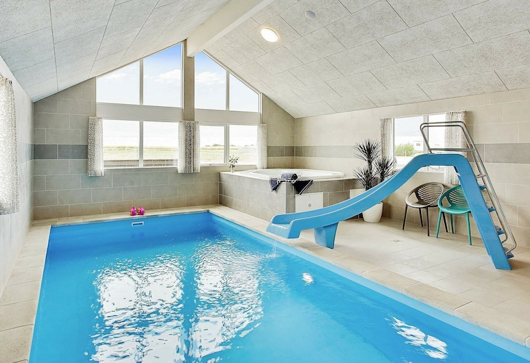 Beautiful Holiday Home in Funen With Swimming Pool, Bogense, Bazén