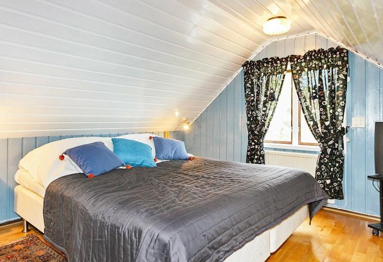 4 Star Holiday Home in Söderåkra, Soderakra, Huone